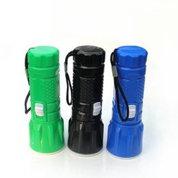 Wholesale Plastic mini retractable zoom glare small flashlight led rotating dimming outdoor creative flashlight hiking camping flashlight LJJZ148