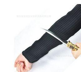 Anti-couteau défensif Bras de brassards résistant aux coupures Garde camping en plein air Voyage Équipement défensif Cut résistant Armband sécurité du personnel Defensi en Solde
