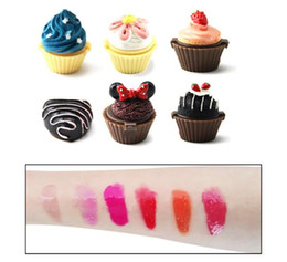$enCountryForm.capitalKeyWord Australia - New Cupcake Lip Gloss Balm 6 Flavoured Glosses Balm Christmas Secret Santa Lipgloss lipstick Cake Chocolate Cherry Strawberry Cream Cosmetic