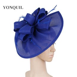 Royal Blue Feather Fascinators Races cappelli per le donne Elegante Red Hat Loop Fascinator delle signore delle ragazze formale abito da sposa Cappelli Syf66 vOhFG