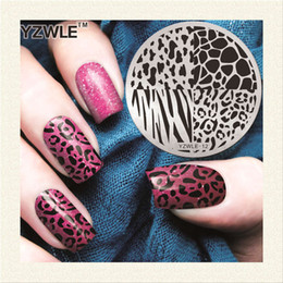 Leopard Print Plates Australia - 1 Piece Leopard Grid Nail Art Stamp Template 3d Fashion Pattern Polish Printing Stamping Plates Beauty Stencils For Nails