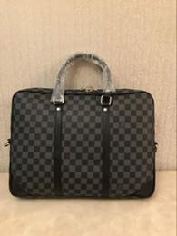 4b473d9a8b2 Tejidos a mano de diseñador de la marca maletines nueva llegada de alta  calidad bolsas de negocios para hombres de cuero genuino bolsas para  portátiles de ...
