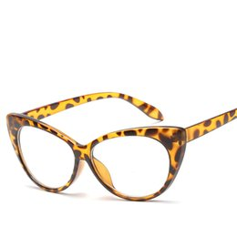 a2fbb0b4bfd9 Fashion Cat Eye Sunglasses Leopard Floral Frame Glasses Good Quality Uv  Protection Women Eyewear Popular Street Beach Sunglasses