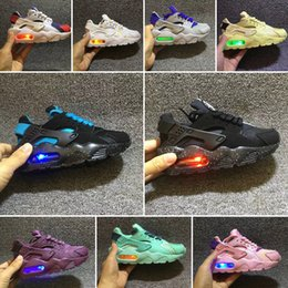 kids flash shoes Canada - wholeasle Flash Light Air Huarache Kids Running Shoes Infant Run Children sports shoe outdoor luxry Tennis huaraches Trainers Kid Sneakers