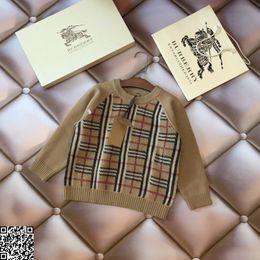 $enCountryForm.capitalKeyWord Australia - Boy sweater kids designer clothing autumn and winter new vintage check sweater fashion classic sweater pullovernew
