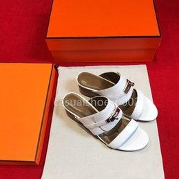 2019 женщин новые ограниченным тиражом на высоком каблуке роскошные дизайнерские туфли на платформе женская вечеринка повседневная обувь размер 35-39 Z06 на Распродаже