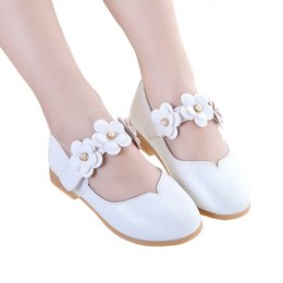 $enCountryForm.capitalKeyWord Australia - White Pink Kids Toddler Flower Children Girls Wedding Party Dress Princess Leather Shoes For Teens Girls Dance Shoes New
