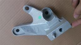 Mazda 3 09 11 BL 2.0L için Motor Montaj Braketi No.4 Otomatik Motor Montaj BBN8 / BBM5 / BFF8-39-080