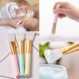 $enCountryForm.capitalKeyWord Australia - Hot Selling 1pc 3-color Diy Facial Mask Stirring Brush Soft Silicone Cosmetic Makeup Brush For Woman Face Skin Care Tools