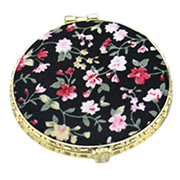 China 1Pc Mini Round Pocket Folding Makeup Mirror Vintage Double Sides Floral Printed Chinese Style Compact Cosmetic Tool Portable Tra cheap vintage pocket mirrors suppliers