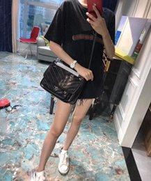 Neue Handtasche 2019, hochwertige Designerhandtaschen, 28cm Briefkettenbeutel, 1819 Buchstabenknopf-Damentaschen, rissige verkratzte Kuhfelltasche