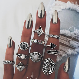 $enCountryForm.capitalKeyWord NZ - Antique Silver Ring Set Crystal Ring Flower Triangle Combination Knuckle Rings Stacking Rings Jewelry Set Women Fashion Jewelry
