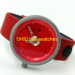 Red Unisex Luxury Watches Australia - New Men's and Women's Watches Quartz Electronic Movement Auto date Red Lettering Red Casual Fashion Leather Strap With Box 40mm12mm A475
