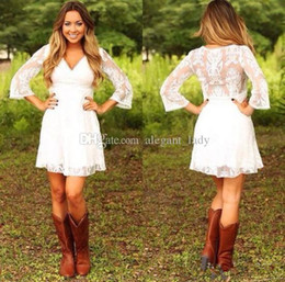 Short champagne reception bridal dreSS online shopping - Short Lace Cowgirls Country Wedding Dresses with Sleeves Modest Vintage Retro Summer Holiday Mini Bridal Reception Dress for Wedding