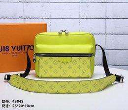 19 nuove borse Borse a mano Borse a tracolla da donna Elegante stile delicato Splendido stile introverso5566 in Offerta