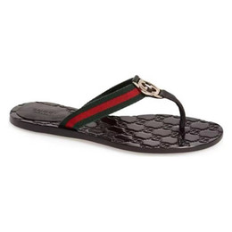$enCountryForm.capitalKeyWord Australia - 2019 luxury Women Leather Slippers flip flops Designer Slippers Metal chains Summer sandals Beach Shoes fashion slippers with box