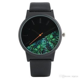 ultra thin watches mens UK - Mens Ultra-thin Dial Sports Watches Leather Band Strap Quartz Movement Tropical Jungle Design Trendy Elegant Women Wristwatch
