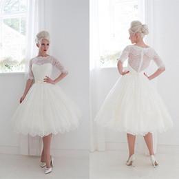 $enCountryForm.capitalKeyWord NZ - Vintage Short Ball Gown Wedding Dresses Half Sleeves 1950's Style Bateau Neck Spring Summer Garden Beach Lace Bridal Gowns Tea Length