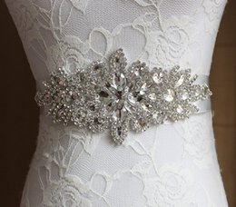 Wholesale 2019 New Wedding Sashes Handmade Luxurious Beads Beading Rhinestone Crystals Wedding Belt for Weddings Dresses in Stock Factory Supplier