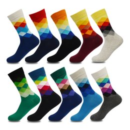$enCountryForm.capitalKeyWord NZ - Plus Size 10 Pairs lot Casual Colorful Happy Men Funny Cotton Socks Warm British Style Plaid Calcetines Divertidos Hot MX190719