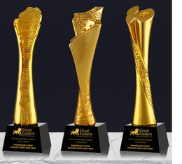 $enCountryForm.capitalKeyWord Australia - Be promoted step by step Anniversary celebration Life card Gold-plated Resin small decoration trophy crafts Free engraving World Cup