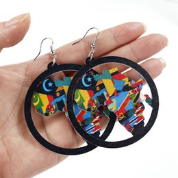 $enCountryForm.capitalKeyWord Australia - AENSOA Trendy Painted Africa Map Wooden Drop Earrings For Women Statement Hollow Out African Ethnic Fashion Jewelry wholesale