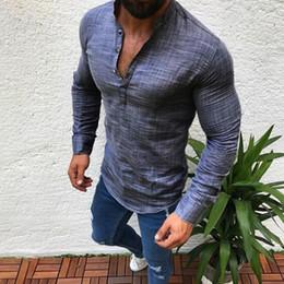 050d06d86c0f1 2019 nouveau style hommes col v mince chemise automne casual bouton chemise  de lin formelle couleur pure moitié ouverte plus la taille pulls