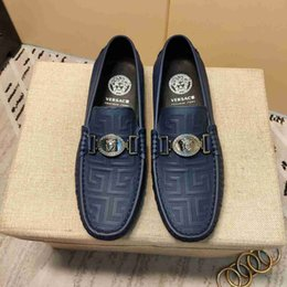 Lazy Low shoes online shopping - 2019 New Men Lazy Shoes Summer Casual Low Classic Comfort Footwear With One Foot Pedal Bean Cover kids