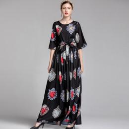 dd665ce18 Nueva llegada 2019 O cuello de la mujer mangas cortas impresas Sash Bow  Cinturón Elegante largo diseñador vestidos de pista