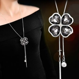 Lead Crystal Christmas Ornament Australia - Crystal lucky clover 4 leaves flower NECKLACE For women Fashion lead free spring autum jewelry Sweater Pendant Necklaces Collar ornament