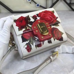 $enCountryForm.capitalKeyWord Australia - 2017 New Ladies Satchel Bag rose color small single shoulder bag Xiekua package fashion