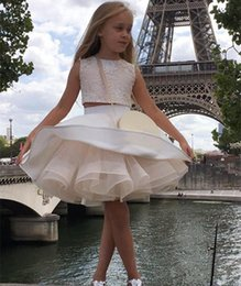$enCountryForm.capitalKeyWord Australia - Cute 2019 Two Pieces Flower Girls' Dresses for Weddings Lace Top Backless Pageant Party Gowns A Line Dress