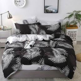 $enCountryForm.capitalKeyWord Australia - 2019 White Leaves Black Bedding Sets Microfiber Brush Polyester Bedlinens Twin Full Queen King Duvet Cover Set Pillowcases