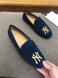 $enCountryForm.capitalKeyWord Australia - Classic Mens Flat Loafers in Blue with Embroidery, Lastest Canvas shoes Men Mules Casual Shoes Size 38-45 Come with Box