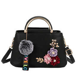 Flowered Hand Bags Australia - New Flowers Women Shoulder Bags Designer Famous Brand Small Clutch Bag Retro Ladies Hand Bags Women Messenger Bag Sac A Main