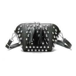 $enCountryForm.capitalKeyWord UK - New Women Handbag Trend Rivet Shell Retro National Style Tassel Diagonal Cross Bag Small Shoulder Bag