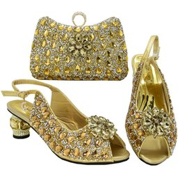 crystal buttons for wedding dresses UK - Gold Color New Women Nigerian Shoes with Matching Bag Set 2020 for Party Wedding High Heels Slippers and Bag Set with Big Crystal