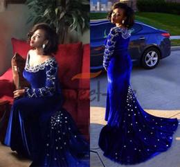 $enCountryForm.capitalKeyWord Australia - Vintage Royal Blue Velvet Mermaid Evening Dresses Black Girl 2020 Long Sleeves Plus Size Crystals Prom Pageant Gowns