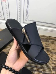 $enCountryForm.capitalKeyWord Australia - 2019 latest Classic trend men slippers, Cheap and fine flip flops slippers, Men Holiday beach flats shoes