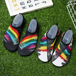 Sock antiSkid Shoe online shopping - New Arrival Diving Socks Snorkeling Sock Beach Shoes Antiskid Quick Drying Comfortable Ventilate Printing Lovers Couple Fashion Hot tmG1