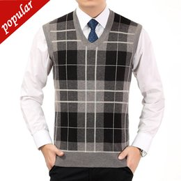 $enCountryForm.capitalKeyWord Australia - Men Business Work V-neck Plaid Knitting Vests Male Sleeveless Sweater Jackets Pullover Loose Plus Size Wool Gilet W1272