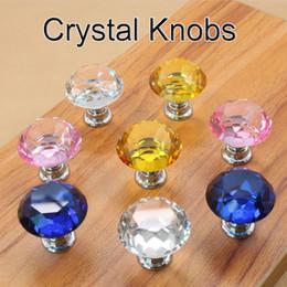 Madrillas de cristal de cristal de 30 mm de diamante Perillas de cajón de cristal Muebles de cocina Muebles de mango Manijas de tornillo y tirantes en venta