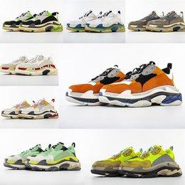 $enCountryForm.capitalKeyWord Australia - Hot!! 2019 Fashion Paris 17FW Triple-S Sneakers Triple S Casual Dad Shoes for Men Women Beige Black Ceahp Sports Designer Shoe Size 36-46