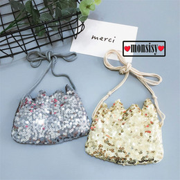 27d162806 Monsisy Fashion Kid Coin Purse Children's Wallet Girl Coin Box Pouch Mini  Bag Sequined Shiny Baby Small Money Handbag Monederos