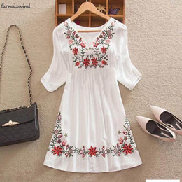 mexican blouses Australia - Summer Women Mexican Blouse Embroidered Floral Peasant Vintage Ethnic Tunic Boho Clothes V Neck Hippie Tops Blusa Feminina