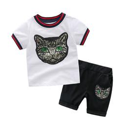 7ab3ac7e0 ... Bebê Menino Roupas de Verão Da Marca Dos Desenhos Animados Roupas  Conjuntos 100% Algodão T-Shirt + Calças Terno Crianças Roupas Roupas Terno  Do Esporte