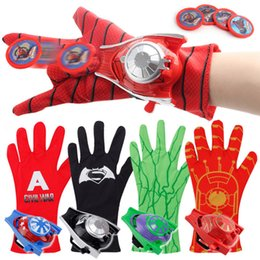 Wholesale Hot Sale X12CM Style The Avengers Spider Man Hulk Iron Man Captain America Gloves Emitter For Child Party Gifts
