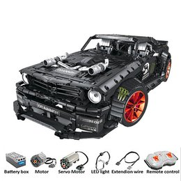 $enCountryForm.capitalKeyWord Australia - RC Ford Mustang Hoonicorn RTR V2 Technic Super Racing Car With Motor Building Blocks Bricks with LED light toys SH190915