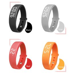 Bracelet Intelligent NZ - W5P Intelligent Reminder 3D Step Counting Watch New Sports Silicone Smart Bracelet Health Monitoring