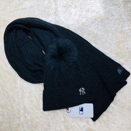 Boys Hats Stars Australia - 2019 Top Quality Celebrity design Letter Woolen Scarf Hat Men Woman Cashmere wool Fox hair ball hat 2pc 426887 4HA05 2172 018